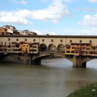 Zicht op de Ponte Vecchio