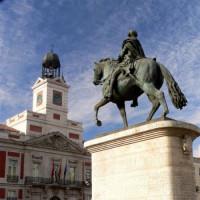 Ruiterstandbeeld aan de Puerta del Sol