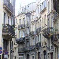 Balkonnen in de Quartier de la Rousselle