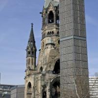 Beschadigde kerktoren