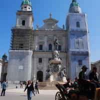 Voorkant van de Salzburger Dom