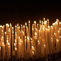 Kaarsen in San Piero a Grado