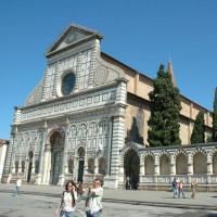 Zijaanzicht op de Santa Maria Novella
