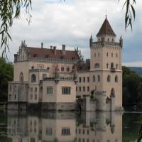 Overzicht van het Schloss Anif