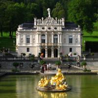 Zicht op het Schloss Linderhof