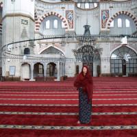 Vrouw in de Şehzade Moskee