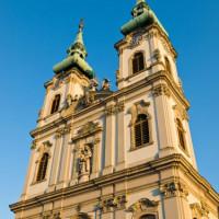 Zijaanzicht van de Sint-Annakerk