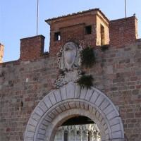 Poort in de Stadsmuren van Pisa