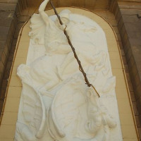 Kunstwerk aan de St. George-kerk