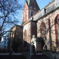 Zijkant van de St. Marienkirche