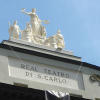 Beelden op het Teatro San Carlo
