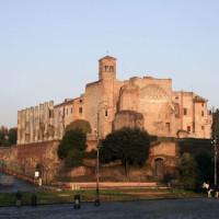 Beeld van de Tempel van Antoninus en Faustina