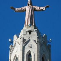 Jezusbeeld op de Temple de Sagrat Cor