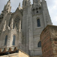 Trappen voor de Temple de Sagrat Cor