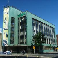 Zicht op het Transport House in Belfast