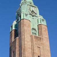 Toren van het treinstation van Helsinki