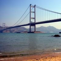 Zicht op de Tsing Ma Bridge