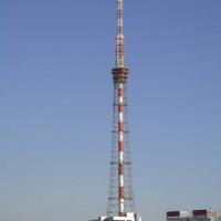Overzicht op de tv-toren van Sint-Petersburg