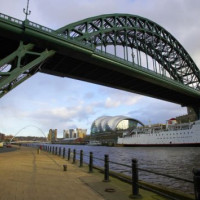 Onder de Tyne Bridge