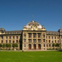 Voorkant Universiteit van Bern