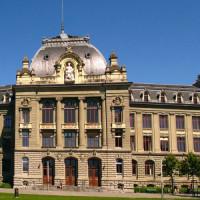 Zicht op de Universiteit van Bern