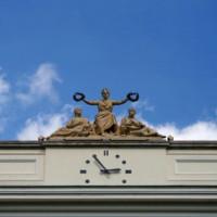Klok op de Universiteit van Warschau