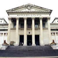 Trappen voor het Museo de Ciencias Naturales
