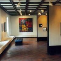 Binnen in het Vasarely Museum