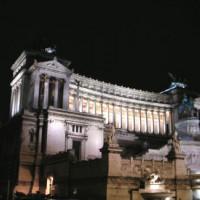 Nachtbeeld van het Victor Emanuel II -monument