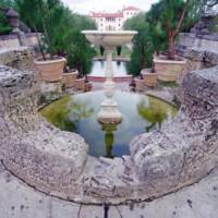Fontein in de Vizcaya Gardens