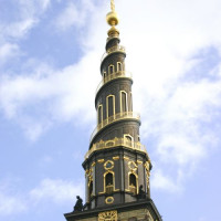 De top van de Vor Frelsers Kirke