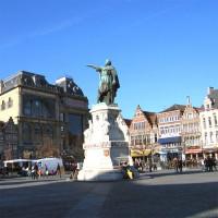 Standbeeld op de Vrijdagmarkt