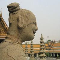 Binnenplaats van het Wat Theptidaram