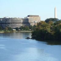 Meer aan het Watergate Complex