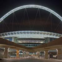 Nachtbeeld van Wembley Stadium