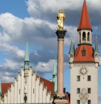 Altes Rathaus en Speelgoedmuseum