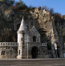 Grotkerk van de Gellértheuvel
