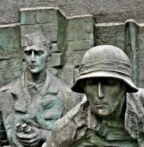 Opstand van Warschau-monument
